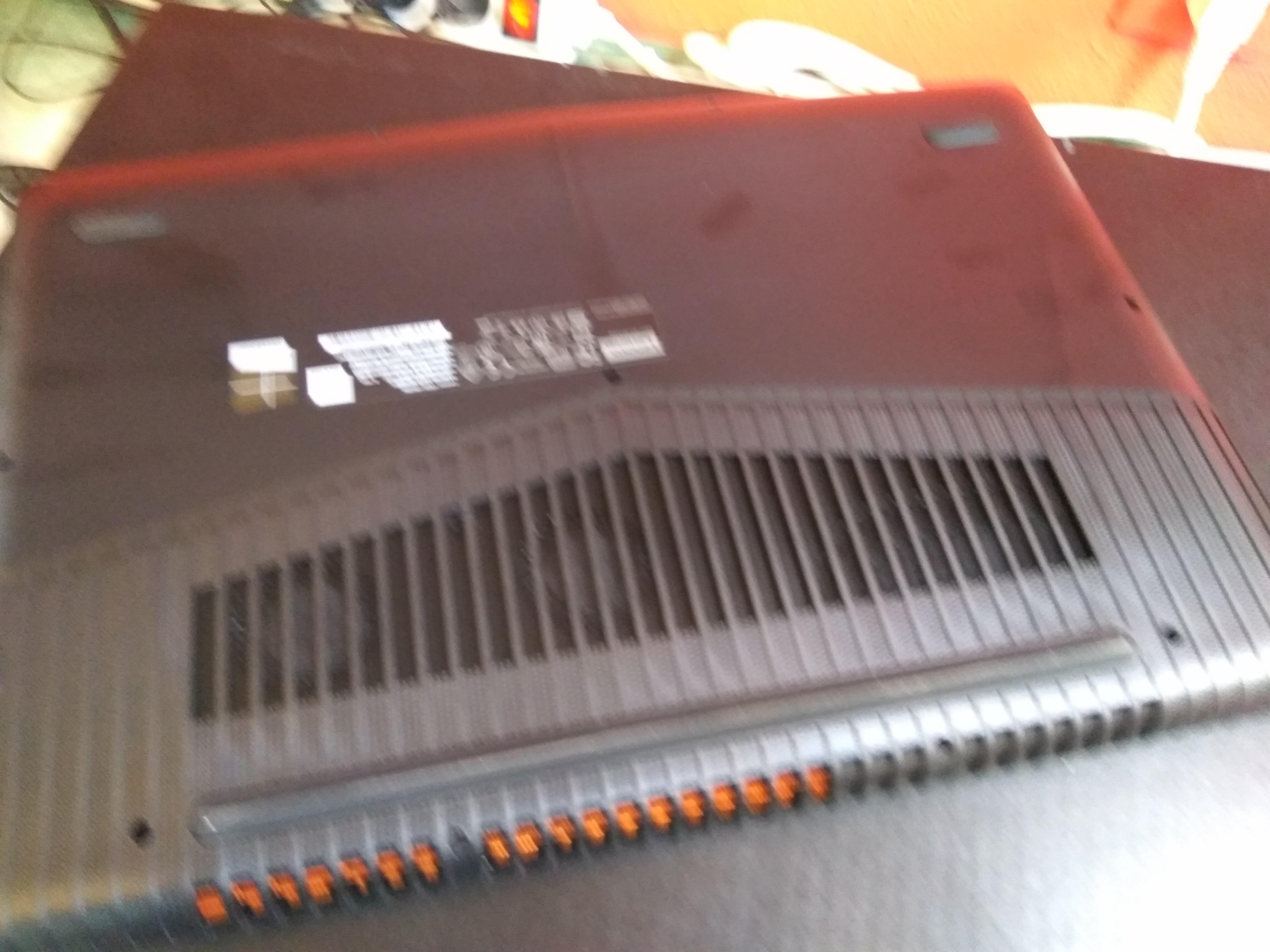 Piękny stylowy Lenovo Legion Y520 🙂
